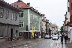 1200px-kungsgatan_lysekil_02